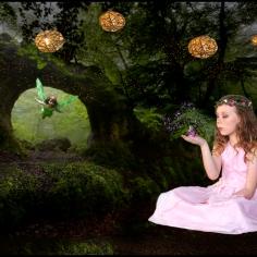 Chloe and the lanterns
