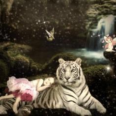 Esme with white tiger